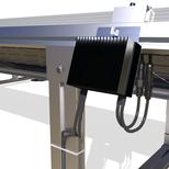 La fixation d'optimiseurs de puissance (power optimizers) ou des disjoncteurs rapides (rapid/module-level disconnect) est facile grâce aux cannaux dans les rails